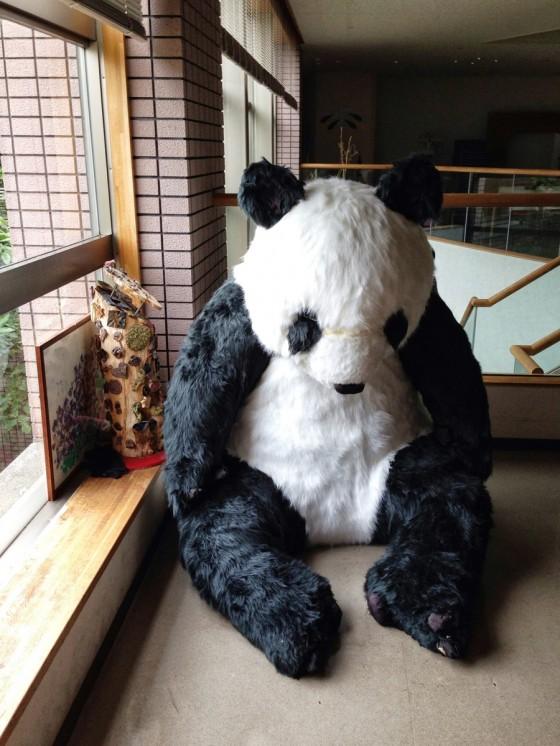 04_途中には大きなパンダが