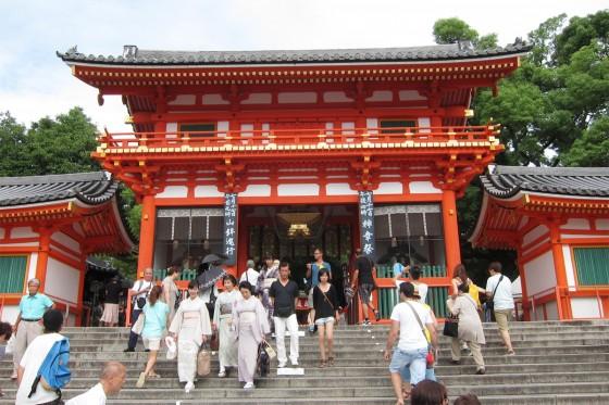 11_京都は祇園まつりで大賑わい