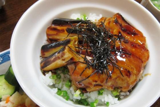 45_祇園・笑座さんの焼き鳥丼