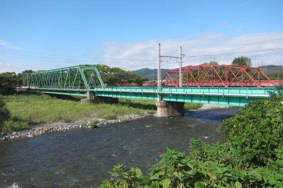50_緑の鉄橋と赤の鉄橋