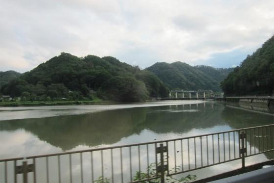 16_東京電力のダムが見えます