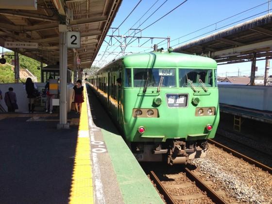 04_JR湖西線の緑色の車体