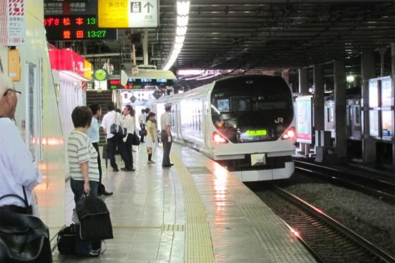 02_あずさに乗って松本へ