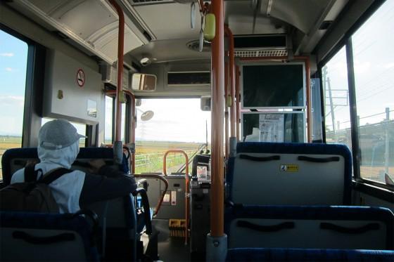 20_田園風景をバスは行く
