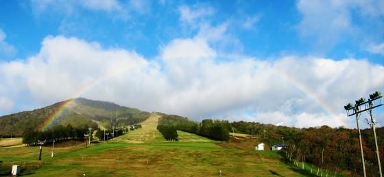02_奥中山高原の虹(パノラマ)