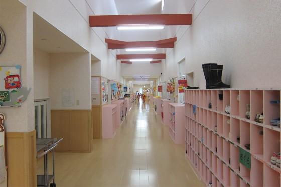 12_ピッカピカに新しい廊下