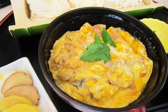 72_比内地鶏の親子丼