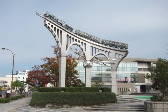23_米子駅前「だんだん広場」の銀河鉄道?