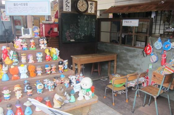 14_川端角のレトロ博物館の中