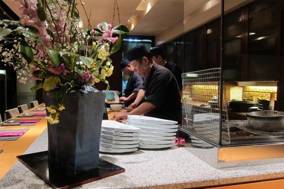 23_お寿司のたちばなの板前さん