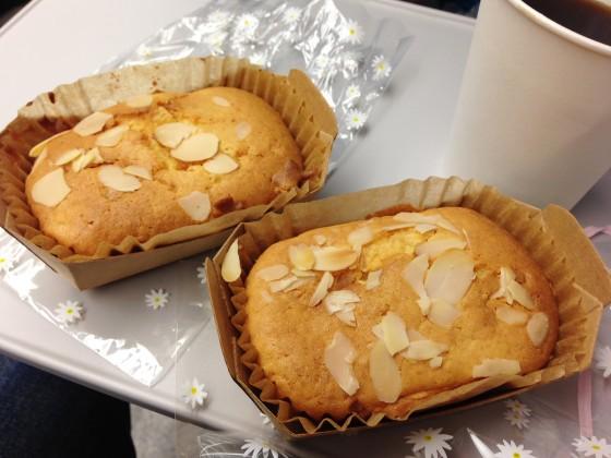 08_手作りのレモンピールケーキ