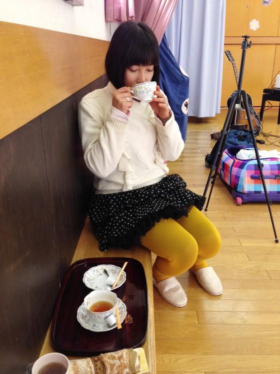 03_お茶を頂いて休憩です。