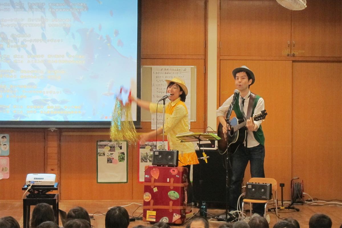古淵保育園がライブハウスに!0歳から6歳の園児、そしてママも先生も一緒に楽しめたコンサート☆