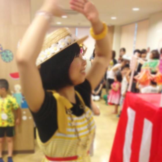 09_盆踊るサヤカ