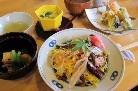 45_多幸半ばら寿司と天ぷら膳