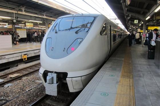 03_名古屋で乗り換え、しらさき1号。