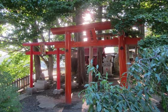 75_亀麿神社