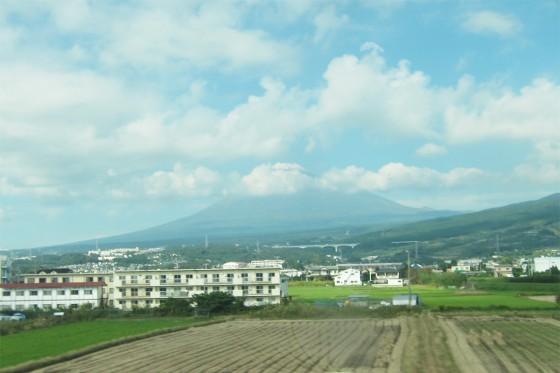 07_新幹線に乗っています