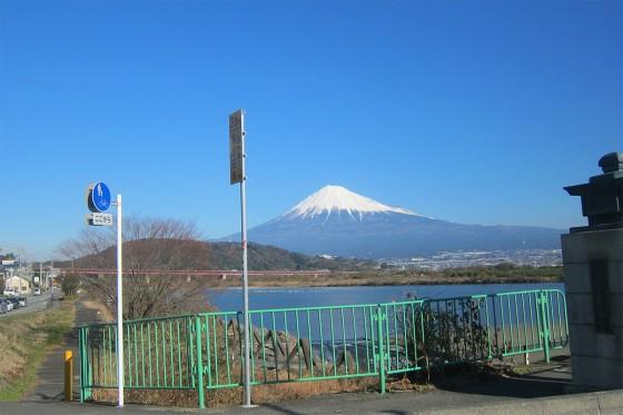 06_車からも富士山を眺める
