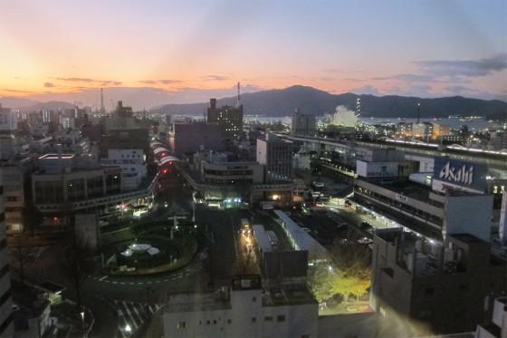 01_周南市、徳山駅の夜明け前。