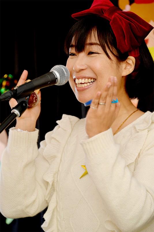 洋光台保育園_ケチャマヨの大きな絵があるコンサート05