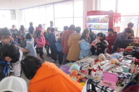 06_おもちゃコーナーも人気