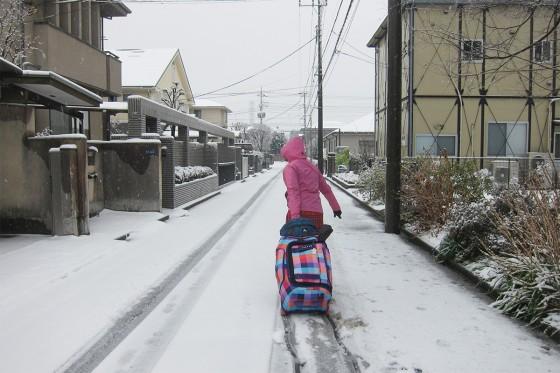 13_さぁ雪の道を帰るか!