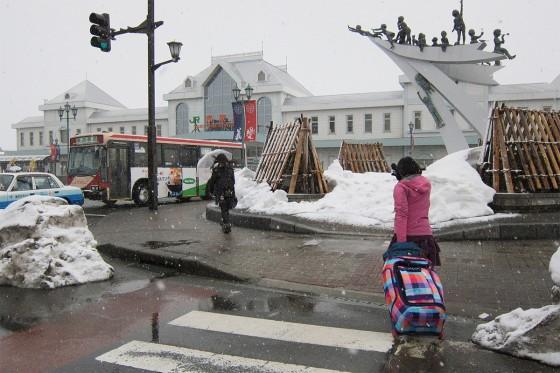 32_雪は降ったりやんだり
