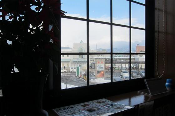 52_駅前の喫茶店でのんびり