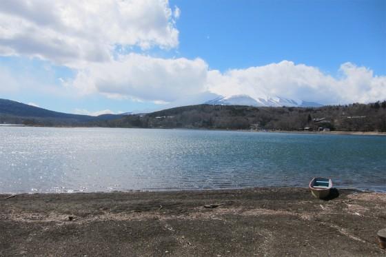35_山中湖畔を散步