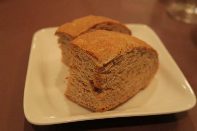 16_フワフワサクサクのパン