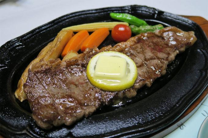 65_佐賀産のビーフステーキ