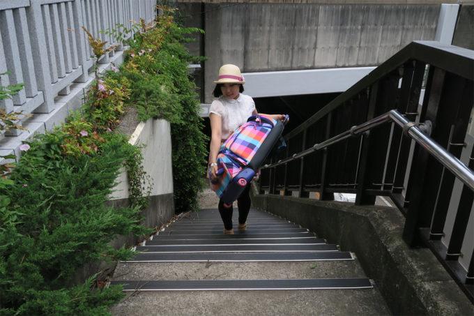 17_階段を登り
