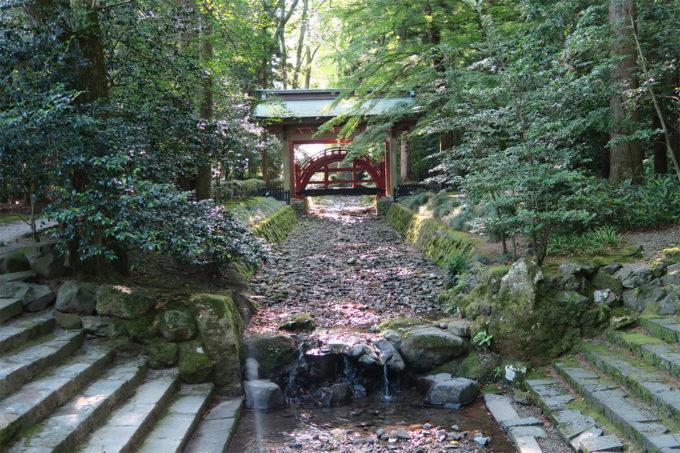 50_弥彦神社の玉の橋
