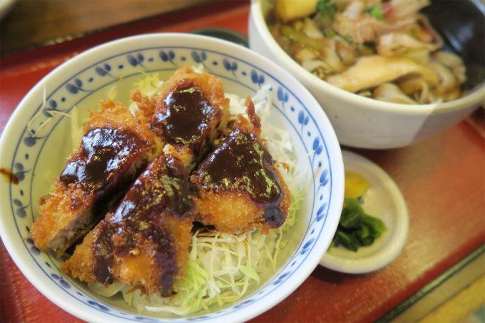 67_味噌カツ丼ときしめんセット