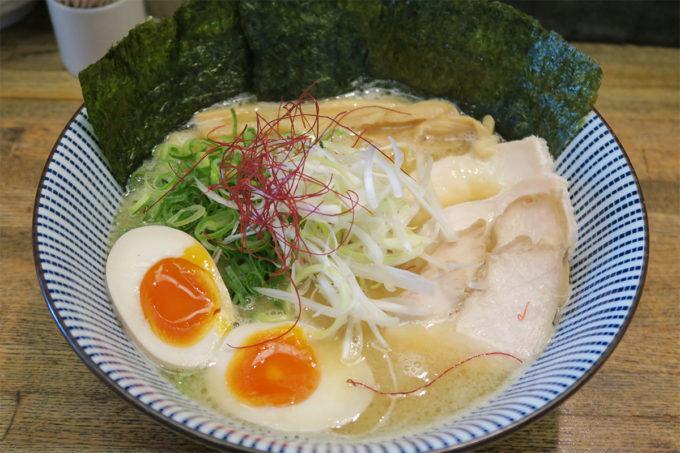13_麺屋金星の特製☆濃厚鶏白湯ラーメン