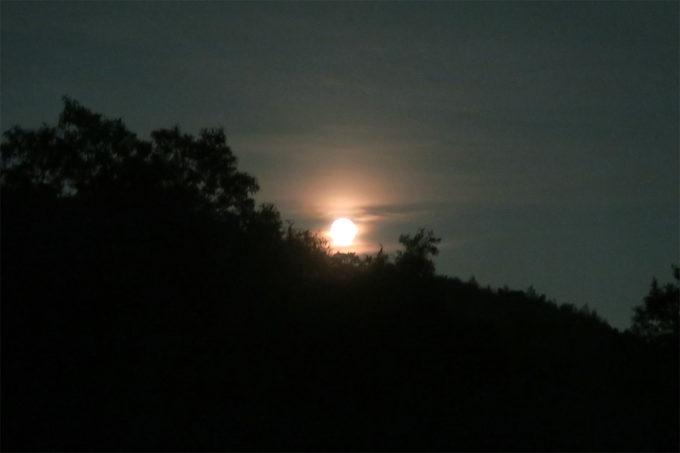 32_今夜は月もすごい