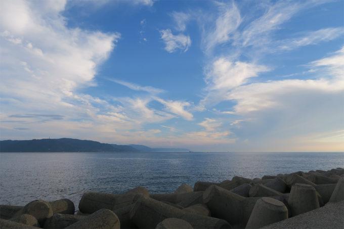 46_きれいな空と海