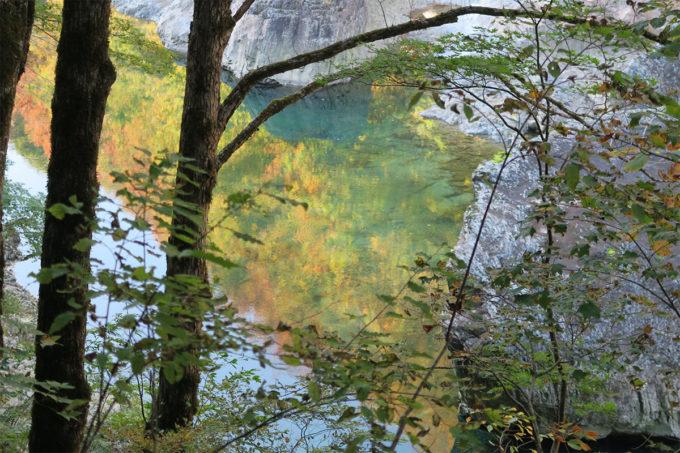 46_その山と川のコラボレーション