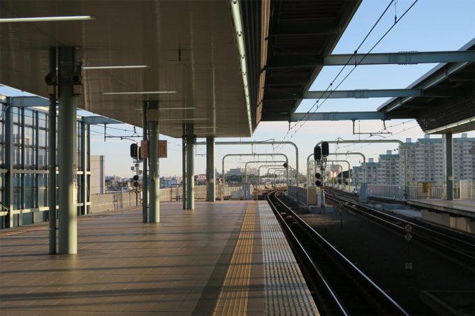 02_電車で早朝お出かけ