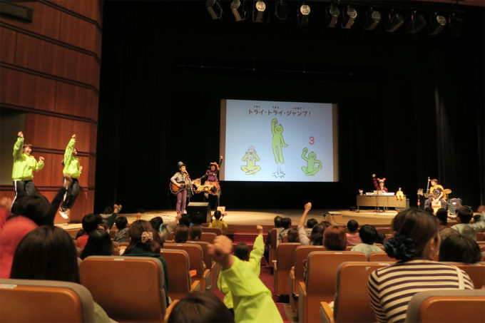 21_2015_1030_岐阜県養老町・親子ふれあいコンサート25