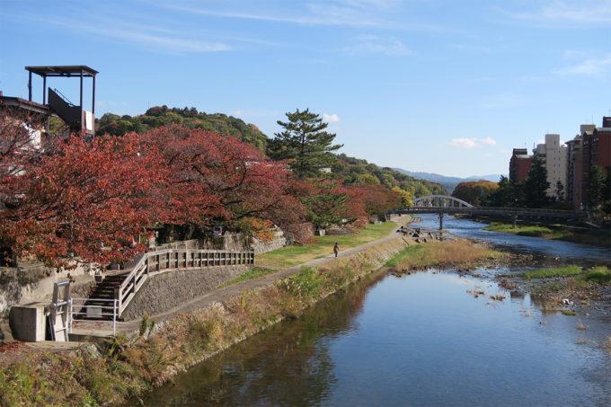 14_浅野川を渡り