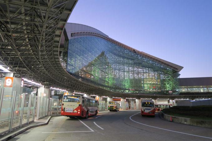 48_夜の金沢駅