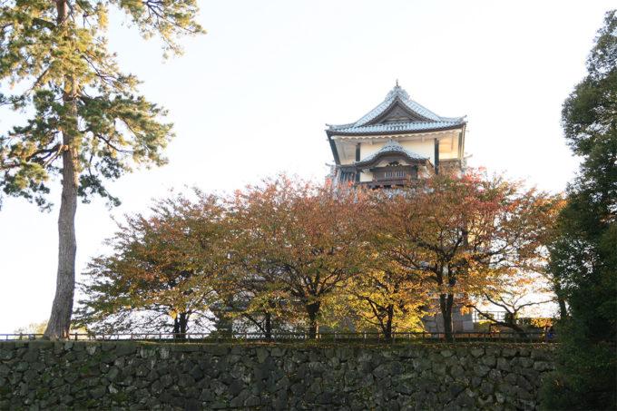 30_紅葉と金沢城