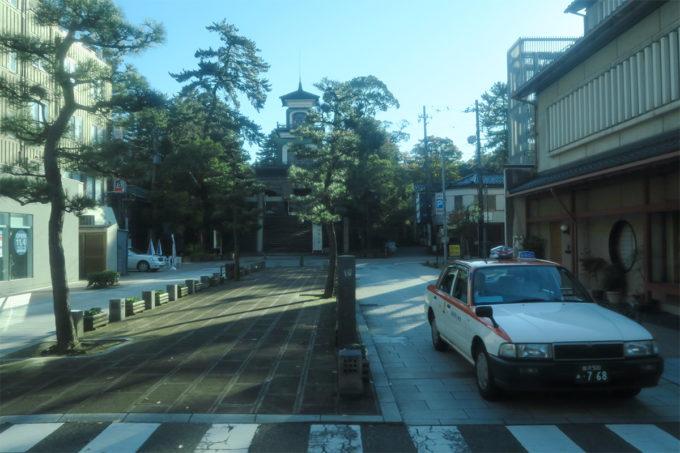 06_バスで戻ります(尾山神社)