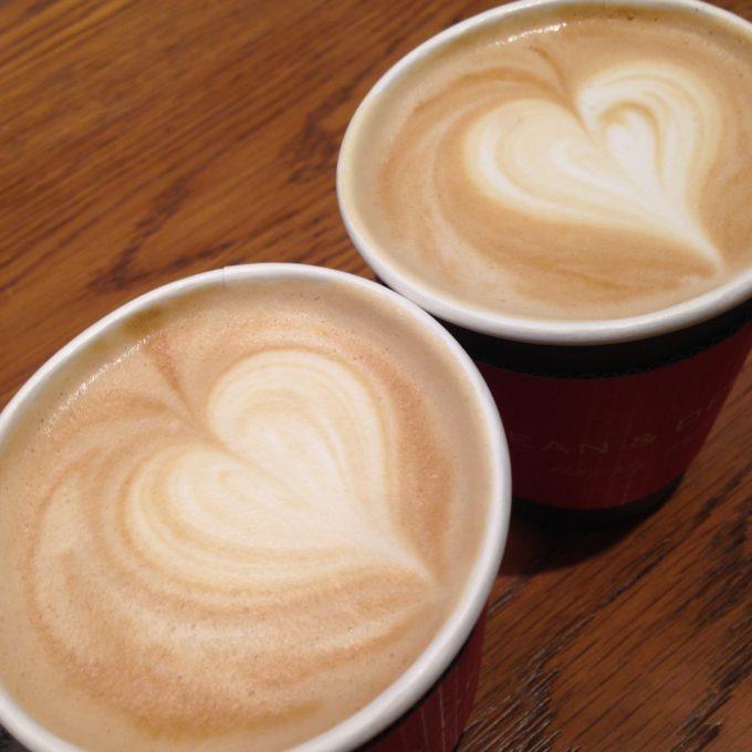 DEAN&DELUCAのカフェラテ