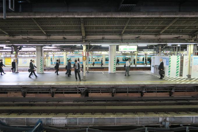 01_新橋駅で乗り換えて