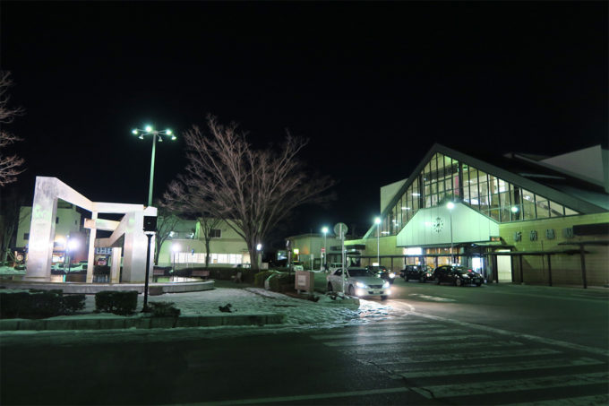 07_夜の新前橋駅