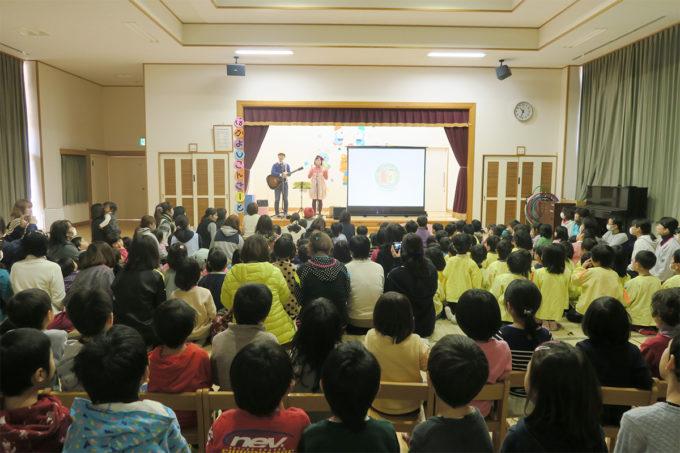 ケチャマヨのコンサートがはじまります