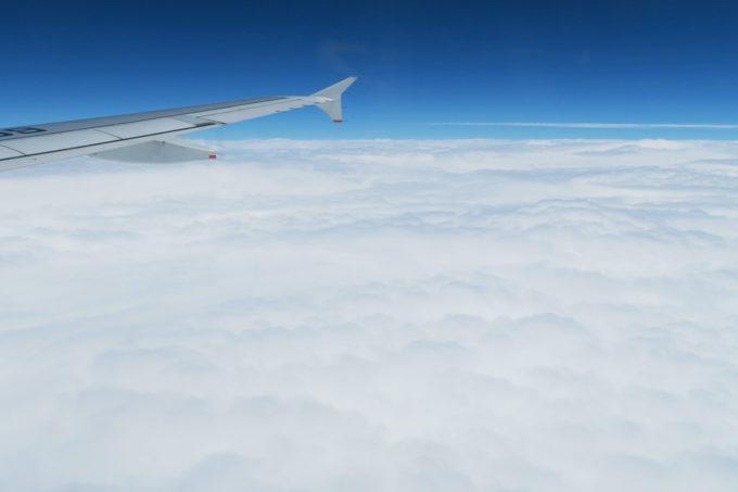 雲の上はもちろん晴れ